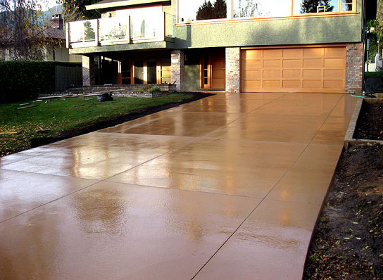 Diamond Cut Smooth Finish Colored Concrete