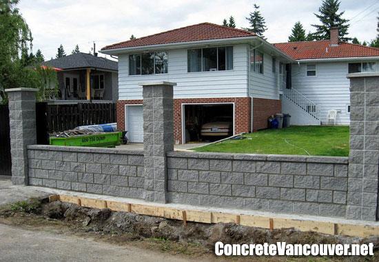 Block And Natural Stone Retaining Walls